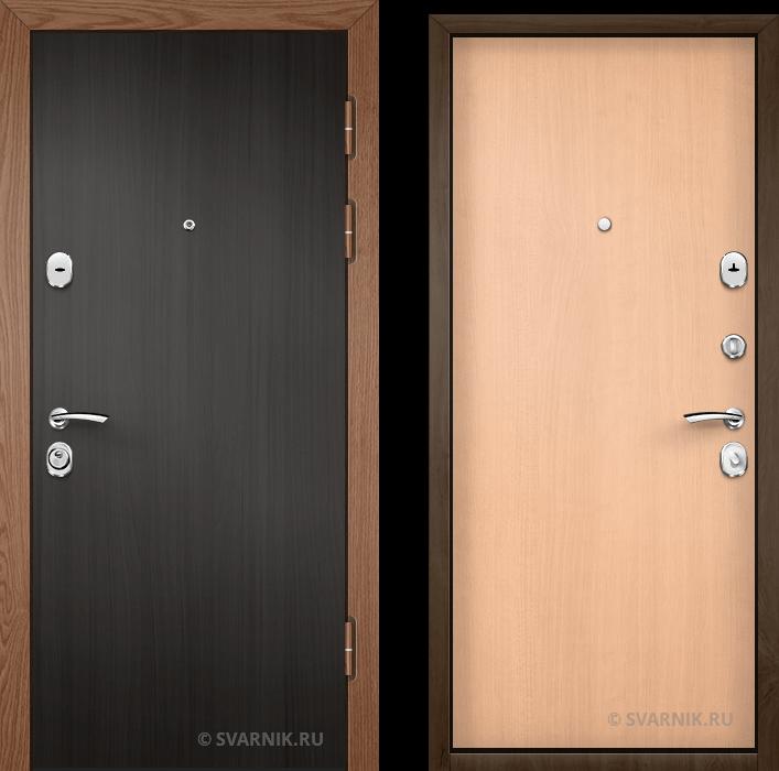 Дверь входная трехконтурная в коттедж ламинат - ламинат